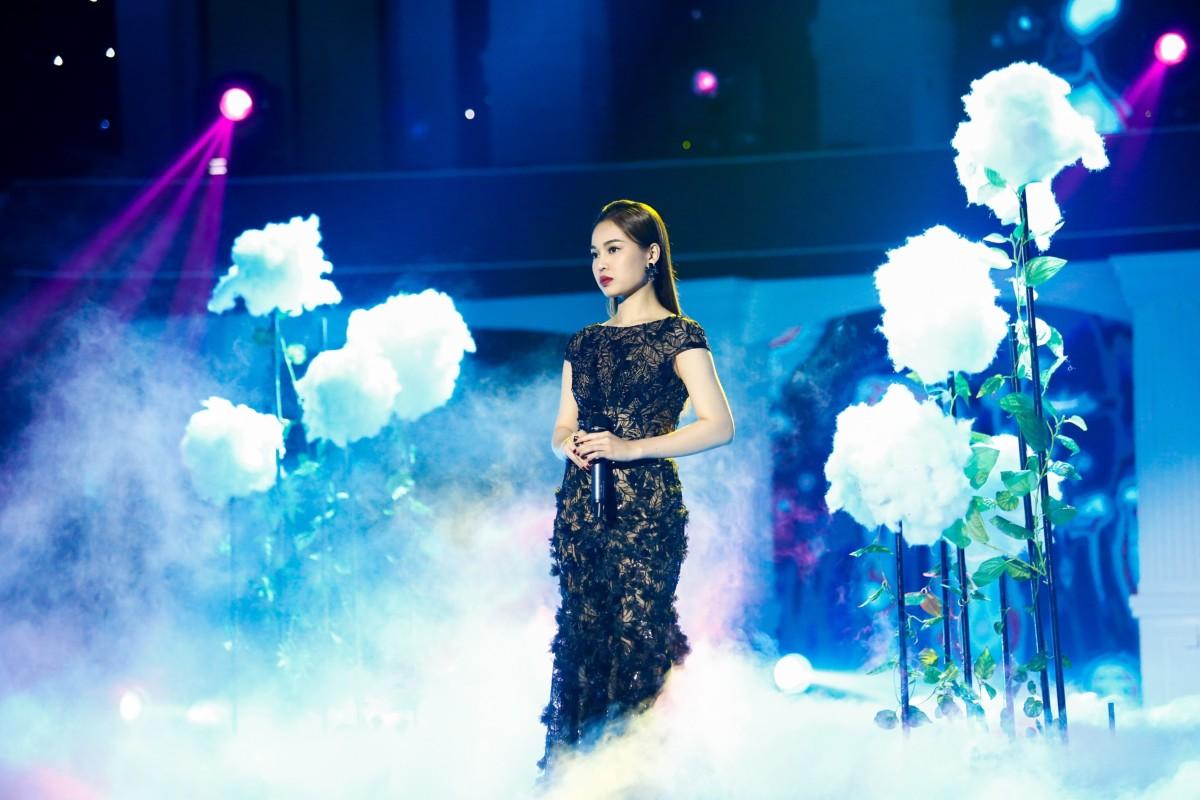 Giang Hồng Ngọc mời 'mỹ nhân bolero' Tô Ngọc Hà, siêu mẫu Mạnh Đồng, Phượng Vũ… thi 'Đấu trường ngôi sao'